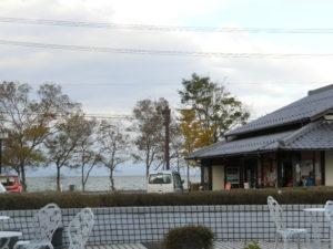 琵琶湖前近江母の郷コロケット実演販売やきいも店頭販売